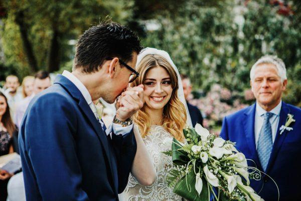 1 117 600x400 - Carlyon Bay Hotel Wedding