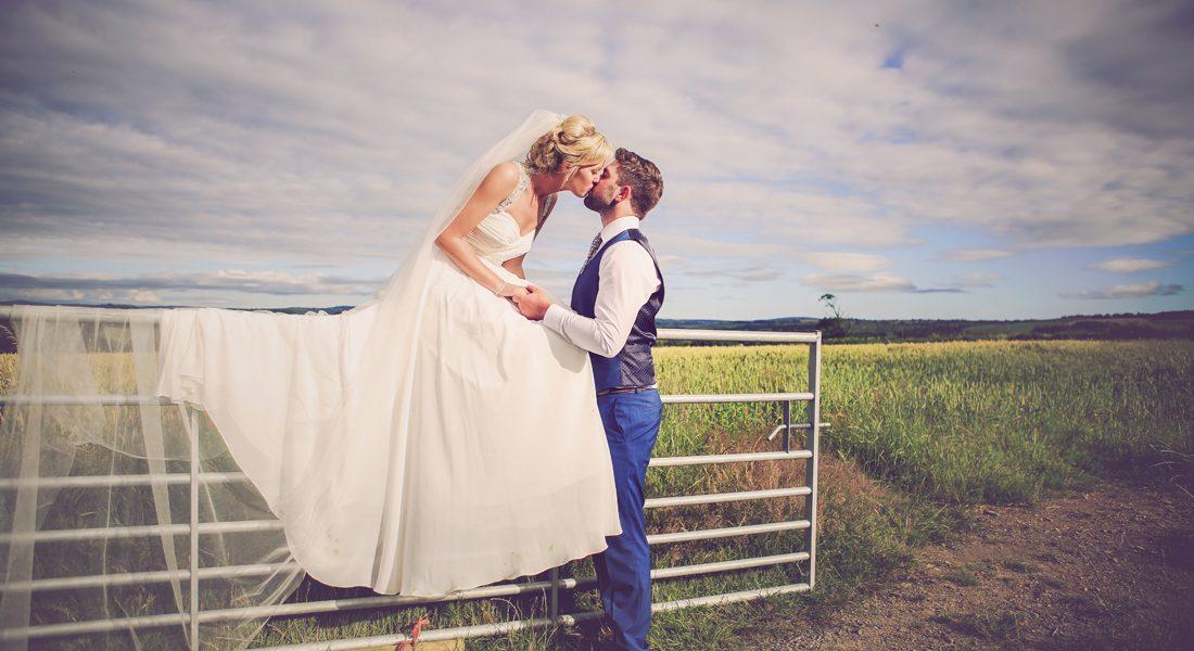 LS 731 1100x600 - Launceston Farm Wedding Sami and Lloyd